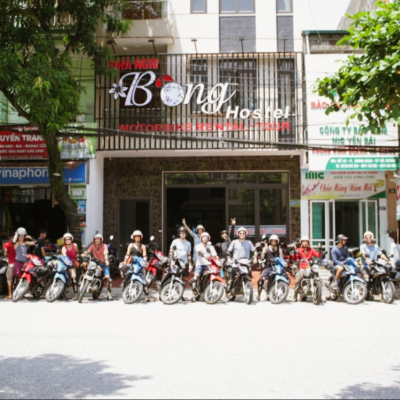 Bông Hostel, Bar and Tours